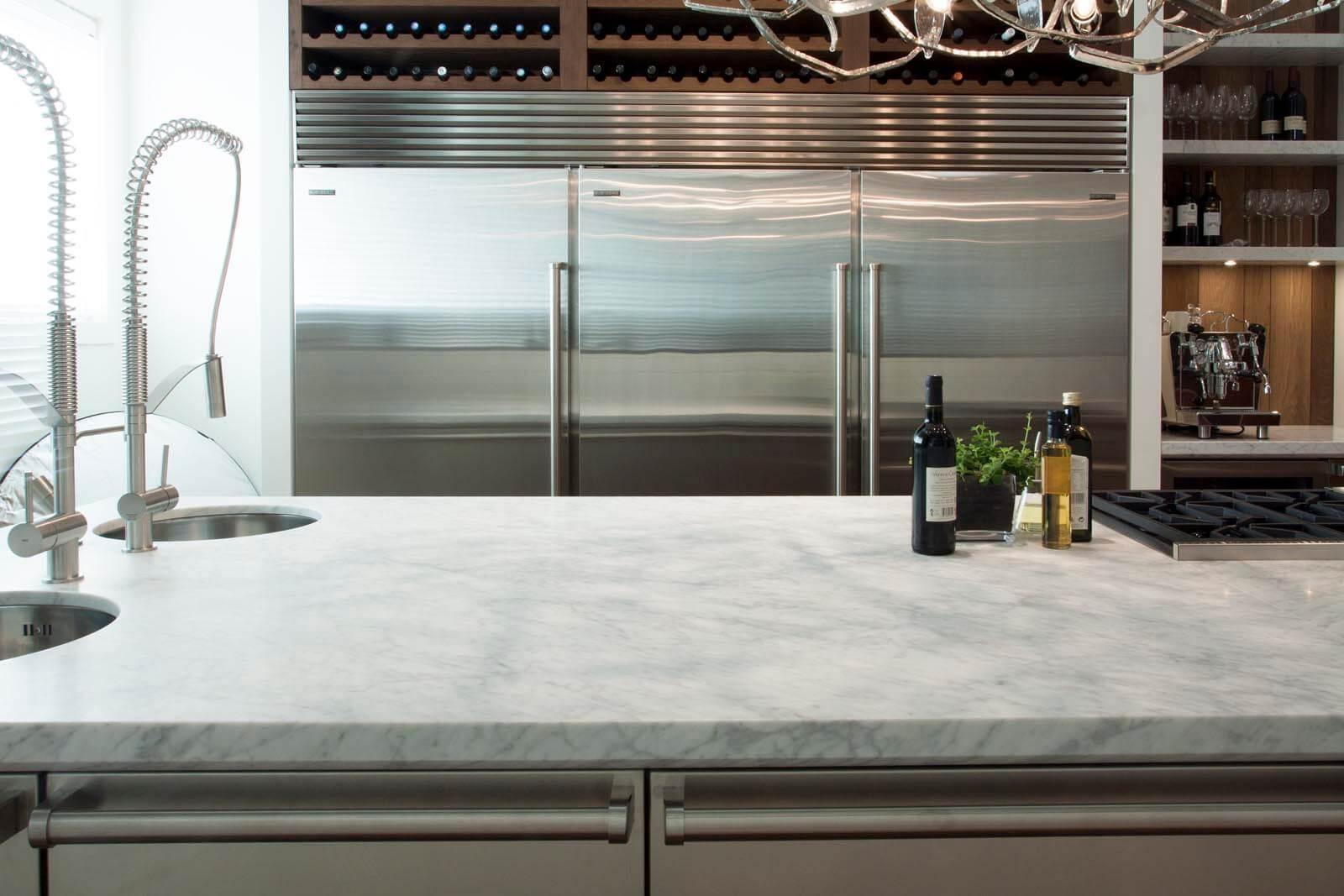 Marmeren keukenblad Bianco Carrara werkblad Grillo Natuursteen
