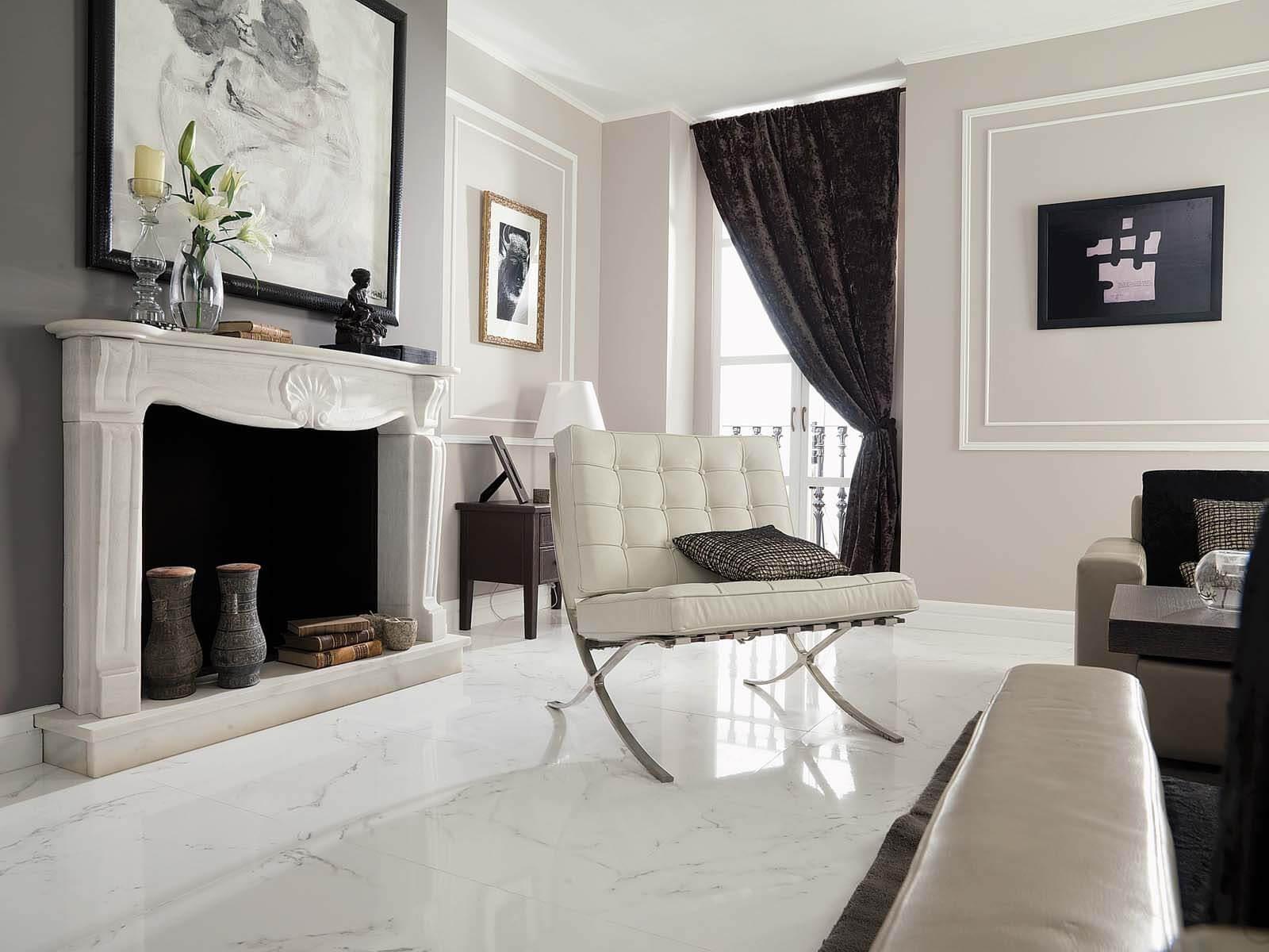 Woonkamers met Carrara marmer vloer Grillo Natuursteen