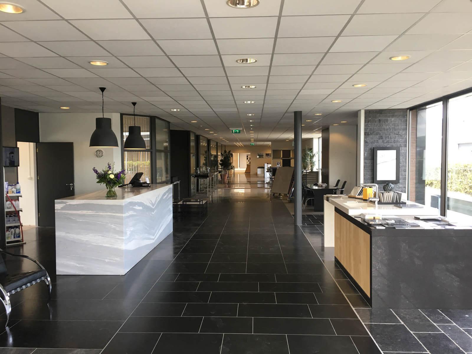 Grillo Natuursteen balie ontvangst huissen Gelderland
