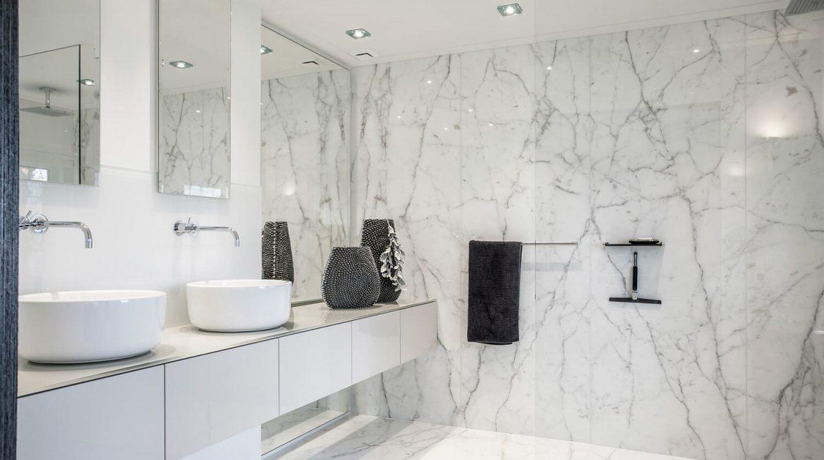 Badkamer in Marmer - Grillo Natuursteen B.V.