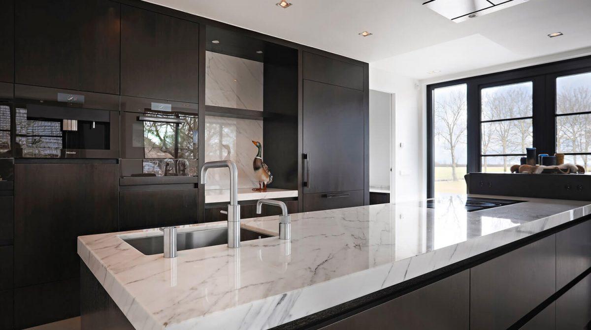 privewoning-woerden-keuken-keukenblad-statuario-altissimo-marmer-grillo-natuursteen